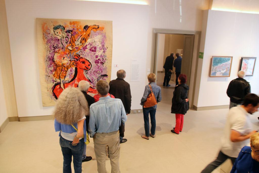 Vue de l'exposition « Chagall, du coq à l'âne ». Le Doyenné, Brioude. 2018